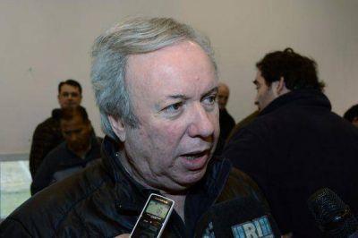 Peralta habló de los conflictos gremiales del SOEM y APROSA