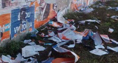 Elecciones 2015: A Pángaro también le arrancaron carteles