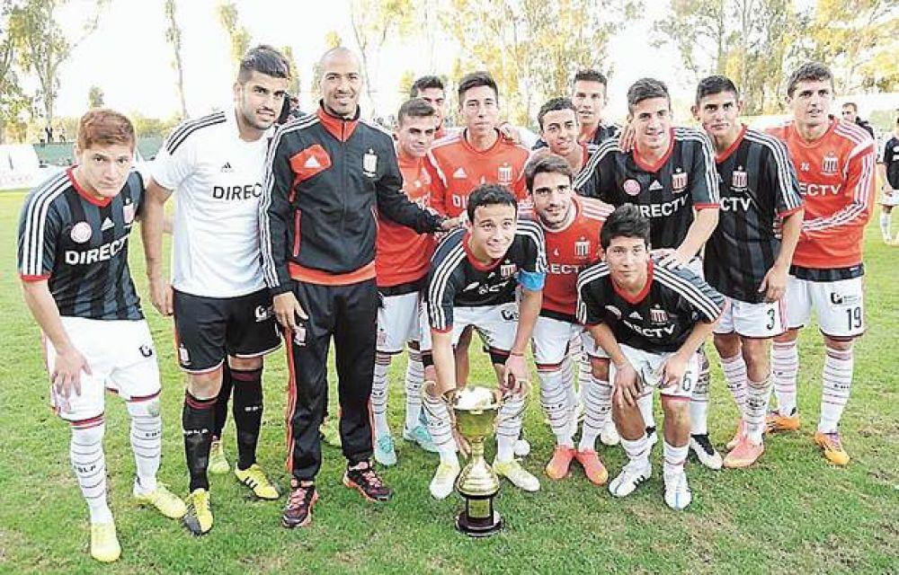 Estudiantes, en los penales, ganó una copa en San Luis