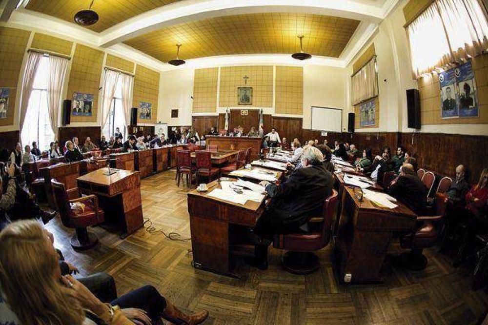 Morrone se convirtió en el centro de atención del Concejo Deliberante