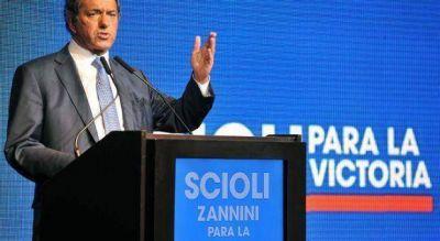 Scioli abrochó el apoyo a su candidatura de 1500 empresarios en cena gasolera