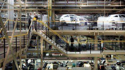 El Indec informó que el PBI creció 1,1% en el primer trimestre, pero según estudios privados cayó