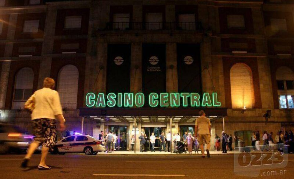 Los trabajadores levantaron el paro y el Casino volvió a funcionar