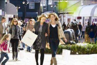 Ventas en súper crecieron 7,5% y en shopping 9,4%