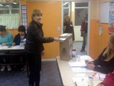 Chispita vot� y dijo que las elecciones �siempre traen esperanzas de cambio�