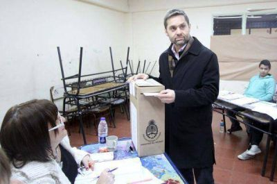 """Sciurano emitió su voto y pidió """"mantener objetivos"""""""