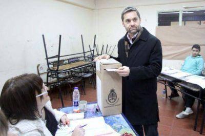 Balotaje en Tierra del Fuego: ya votaron los dos candidatos y se anticipa un final ajustado
