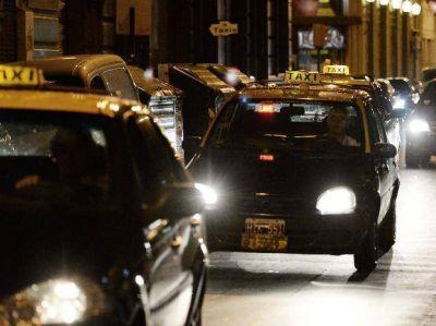 Los taxistas quieren un subsidio junto con una suba en la tarifa