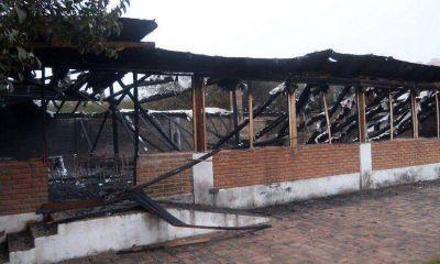 """Denuncian atentado a local del """"accastellismo"""""""
