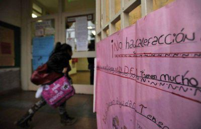 Unas 25 escuelas contin�an sin gas