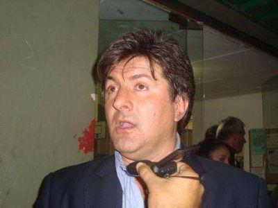 Scheffer baj� su candidatura por la intendencia de Ensenada para competir como senador provincial