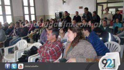 Candidatos de la UCR participaron de una charla del Economista Martín Tetaz