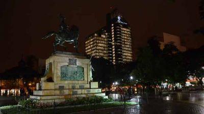 Rige el alerta por lluvias para Santiago