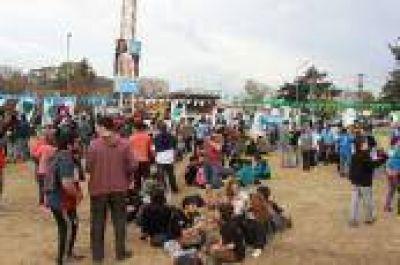 La Plata: Saintout participó del cierre de una importante jornada militante en Villa Elvira