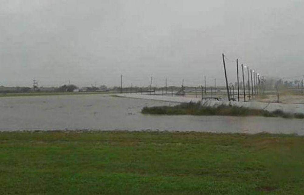 La lluvia pone en jaque la fecha del Top Race en el Chaco