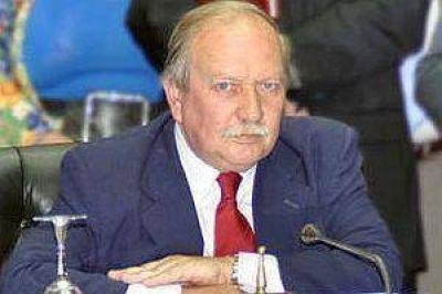Cabral admitió que no tenía listo su voto y presentó cautelar por su remoción