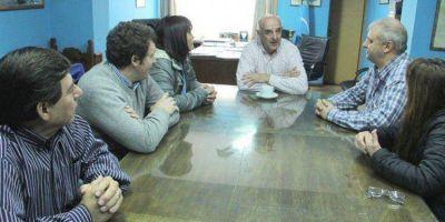 Bestene se reunió con Williams para informarse del funcionamiento actual del Municipio