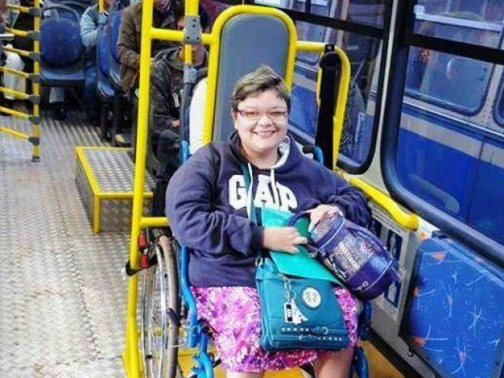 Garantizan ómnibus inclusivos para visita papal