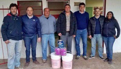El Frente Renovador entregó aportes en Orense