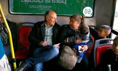 Más caravanas y eventos que actos políticos para el cierre de una campaña deslucida