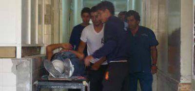 Violenta colisi�n entre un micro y cuatro camiones dej� varios heridos