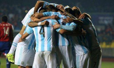 Buen fútbol, lluvia de goles y otra final para Argentina