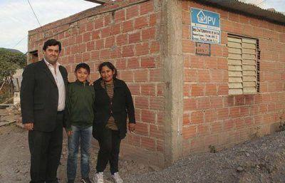 El presidente del IPV verificó el inicio de mejoramientos en los barrios