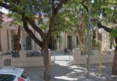 El caso de bullying en el Liceo Sarmiento pasó a Asesoría Letrada