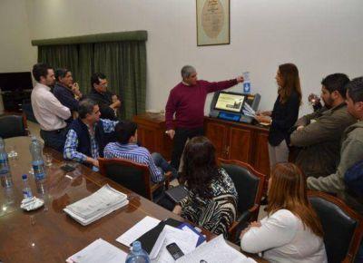 San Luis: dudas y críticas en la muestra del voto electrónico a los partidos