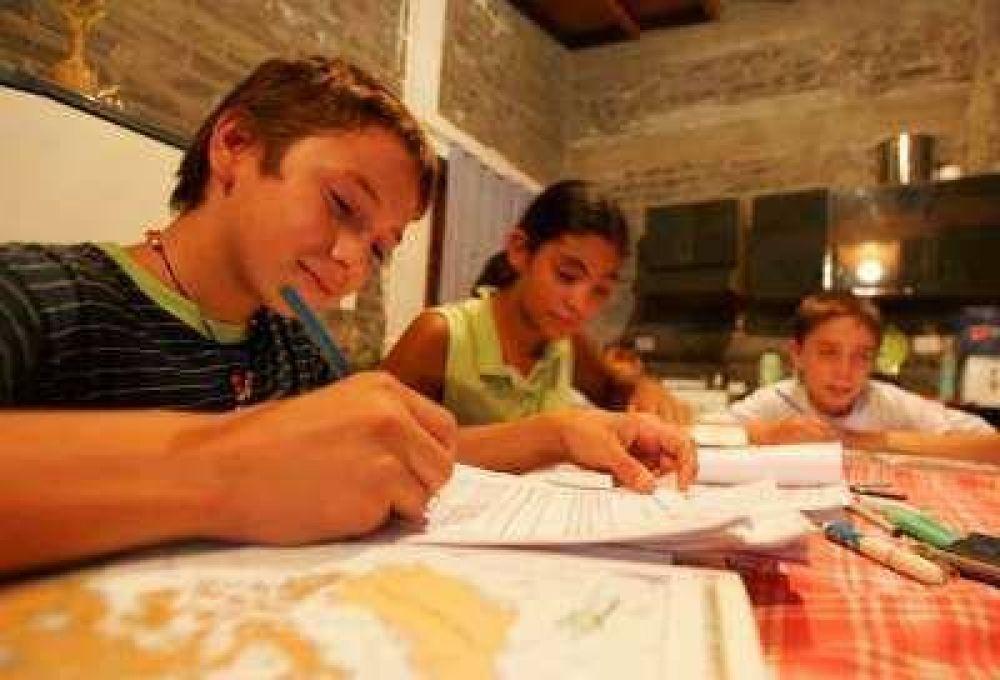 En el reinicio de las clases, se refuerza el hábito del estudio.