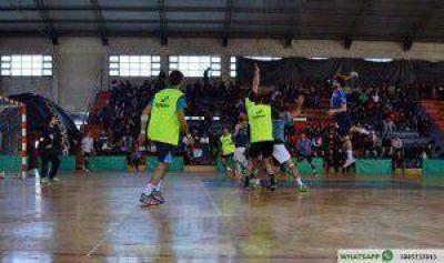 Con la presencia de gran cantidad de personas se desarrolló entrenamiento de la Selección Argentina de Handball