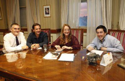 Alicia Kirchner recibió a los precandidatos de Kolina de Malvinas Argentinas y Escobar