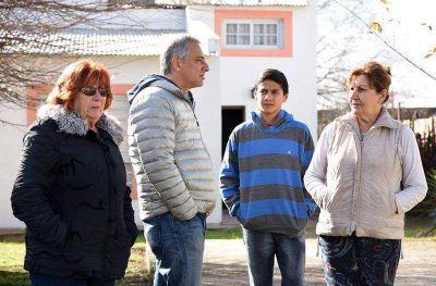 El pre candidato a Intendente José Eseverri recorrió Hinojo y el barrio Luján