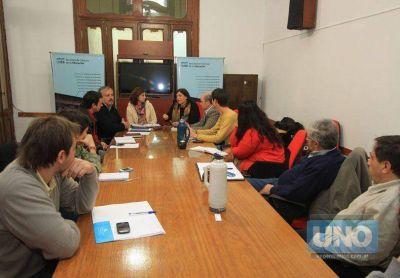 Presentarán un documento en las facultades de Paraná y Santa Fe por el conflicto de transporte entre ambas ciudades