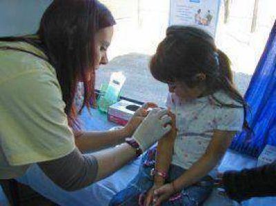 Se aplican vacunas en los Centros de Salud