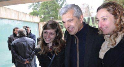 Domínguez le muestra su poder a Sabbatella y cierra con el kirchnerismo transversal