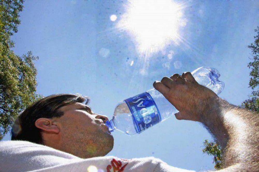 ¿Por qué beber agua envasada durante el evento papal?