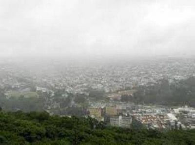 Domingo con heladas y neblina en la ciudad de Salta