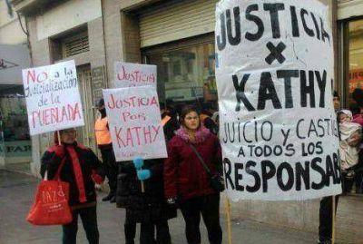 Familiares de Katherine Moscoso denuncian irregularidades en el caso