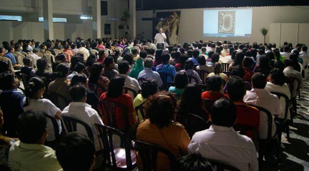 Más de mil voluntarios se preparan para X Congreso Nacional Eucarístico al norte del Perú