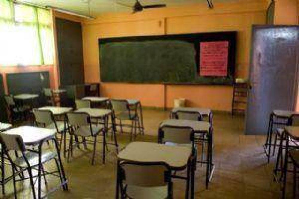 Los gremios afirman que peligra el inicio de clases