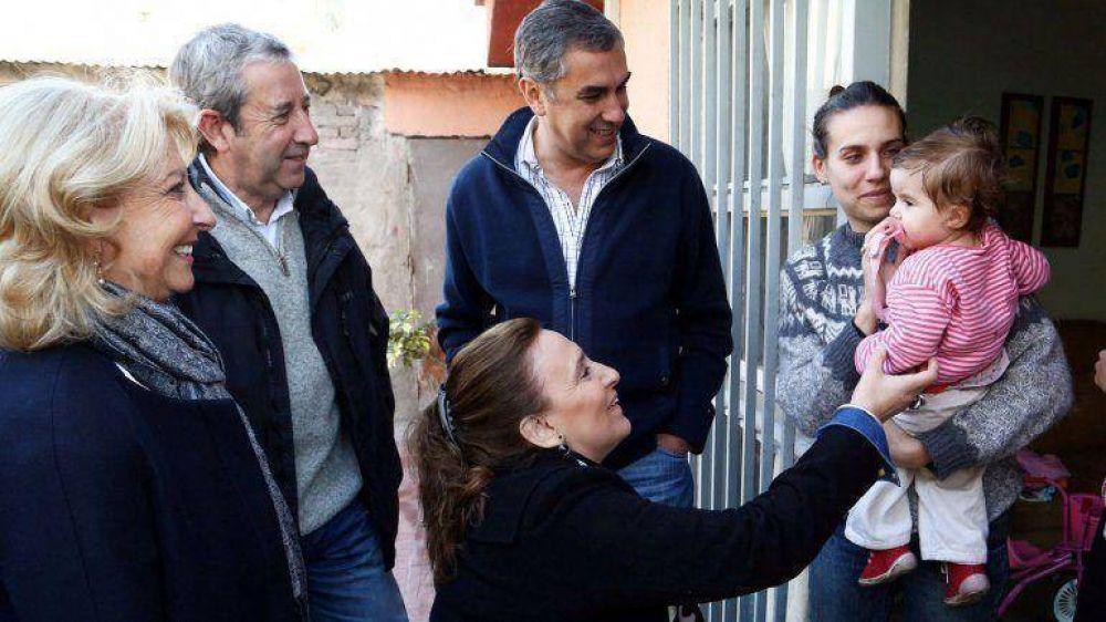 Michetti y Cobos, juntos en una recorrida por Mendoza