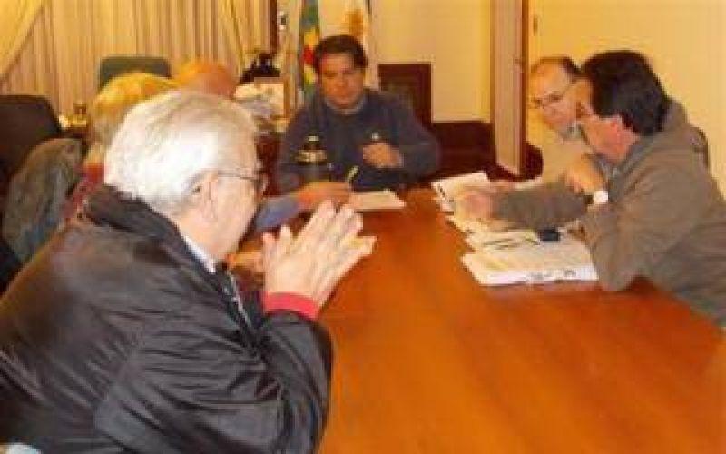 Necochea: Acordaron aumento del 30% para trabajadores municipales