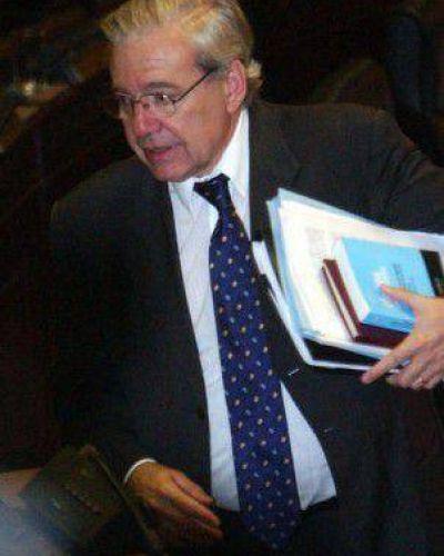 Macri echa al encargado de controlar las multas por la interna de Boca
