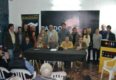 Antonio Pando presentó su lista