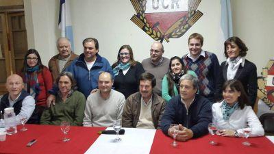 La UCR presentó a sus precandidatos