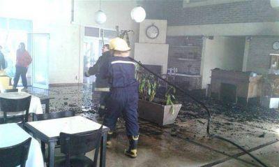 Intenso trabajo para los Bomberos por un incendio en la