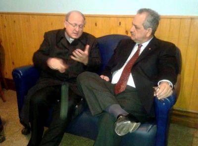 Importante reuni�n entre Monse�or Urbanc y el ministro Daniel Barros