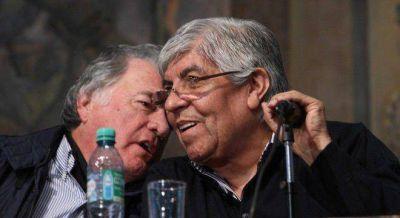 Moyano y Barrionuevo se pelean por el gremio de los aeronáuticos