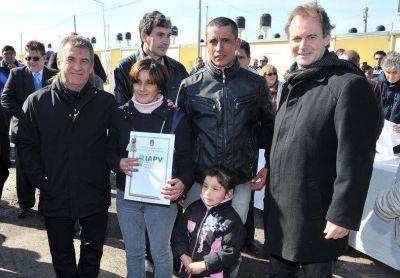 Urribarri dijo que le propondrá a Scioli crear un área específica para el sector avícola